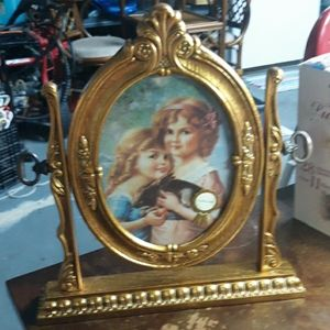 New Antique Look picture frame